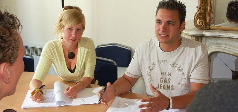 Améliorer votre français : compétences à l'écoute, à l'oral et à l'écrit